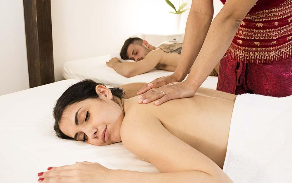 Massaggio tradizionale thailandese di coppia Bologna
