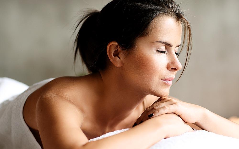 Scopri 5 ottimi motivi per regalare un massaggio thailandese per la Festa della mamma. E riuscire finalmente a sorprenderla!